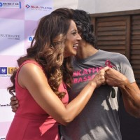Bipasha Basu greets Milind Soman at the Launch of the 3rd Edition of Pinkathon