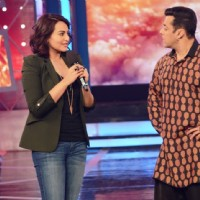 Sonakshi Sinha Promotes Action Jackson on Bigg Boss 8