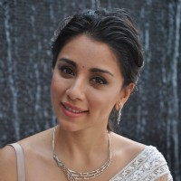 Amrita Puri Unveils Evara Collection by Platinum Guild India