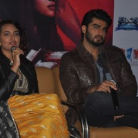 Sonakshi Sinha interacts with the audience at the Promotions of Tevar at Jaipur