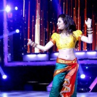 Drashti Dhami in a Maharashtrian Look for a Performance