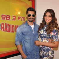 Promotions of Alone on Radio Mirchi 98.3 FM