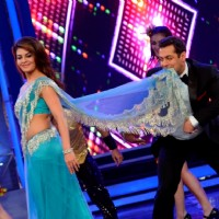 Jacqueline Fernandes and Salman Khan perform on Bigg Boss 8