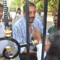 Sanjay Dutt greets his fans while Leaving for Yerwada Jail