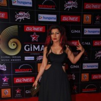Hard Kaur poses for the media at GIMA Awards 2015