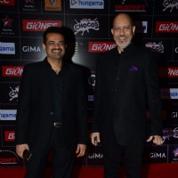 Ehsaan Noorani and Loy Mendosa pose for the media at GIMA Awards 2015