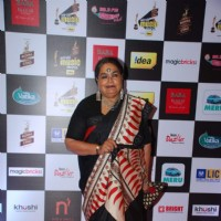 Usha Uthup  poses for the media at Radio Mirchi Awards