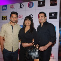 Archana Puran Singh and Parmeet Sethi pose with their Son at Ghanta Awards 2015