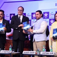 Aamir Khan and Kamal Haasan at FICCI Frames 2015 Inaugural Session