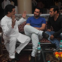 Raj Thackeray was snapped in conversation with Aamir Khan and Salman Khan at the Meet on Mumbai
