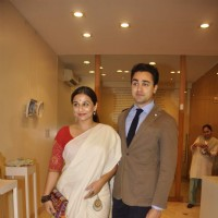 Vidya Balan and Imrn Khan at Shayonti Roy Kapur's Art Exhibition