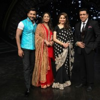 Madhuri Dixit on DID Supermoms Season 2