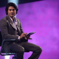 Rajeev making contestant play Sach Ka Saamna