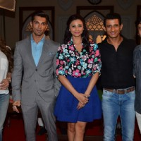 Zarine Khan, Karan Singh Grover, Sharman Joshi and Daisy Shah on the Sets of 'Hate Story 3'