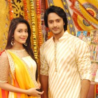 Dhruv Bhandari and Hiba Nawab on The Sets of Tere Sheher Mein