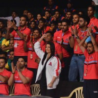 Aishwarya Rai Cheers for Pink Panther at  First Match of Kabaddi