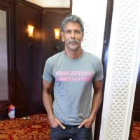 Triathalon Winner Milind Soman at Pinkathon Press Meet