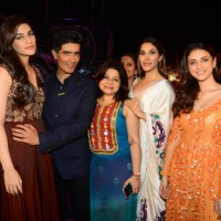 Kriti Sanon, Manish Malhotra, Sophie and Aditi Rao Hydari at India Couture Week