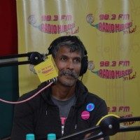 Milind Soman at Radio Mirchi