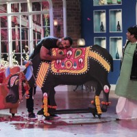 John Abraham was snapped on Comedy Nights with Kapil during the Promotions of Welcome Back