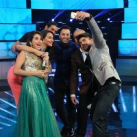 Selfie Time for Welcome Back Team During Promotions  on Indian Idol Junior