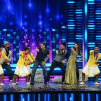 Salman, Athiya Shetty and Sooraj Pancholi Dances with Remo During Promotions of Hero at Dance Plus