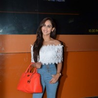 Krystelle Dsoza at Screening of Kis Kisko Pyaar Karoon