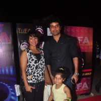 Shakti Anand with wife Sai Deodhar and daughter Nakshatra Anand at TIFA Awards