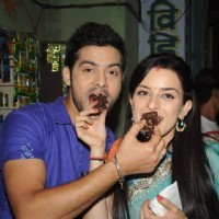 Karam Rajpal and Ekta Kaul at Celebration of Mere Angne Mein 100 episodes Completion