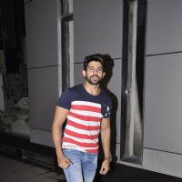 Hussain Kuwajerwala at Omung Kumar's Birthday Bash