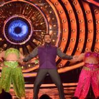 Bigg Boss Nau Day 21 - Salman Khan Dances on the Sets