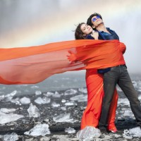 Shahrukh Khan and Kajol in the song Gerua