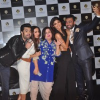 Manish, Farah, Malaika, Shilpa and Raj Kundra posing for selfies at Launch of Viaan Mobiles