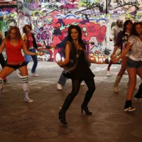Asin rocks the floor
