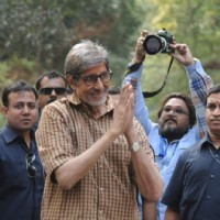 "Amitabh Bachchan shoots for ""Te3n"" in Kolkata"
