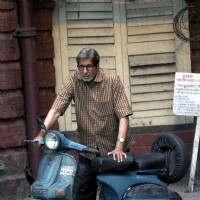 "Amitabh Bachchan shooting for a scene in ""Te3n"""