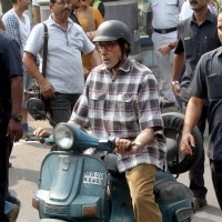 "Amitabh Bachchan during shoot of Sujoy Ghosh's ""Te3n"""