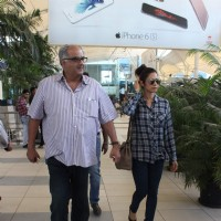 Boney Kapoor and Sridevi Snapped at Airport