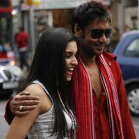 Ajay Devgan with Asin in London Dreams movie