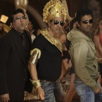 Still image of Akshay Kumar, Paresh Rawal and Sunil Shetty