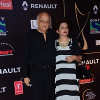 Mukesh Bhatt at Guild Awards 2015