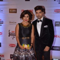 Gurmeet Choudhary and Debina Bonerjee at Filmfare Awards 2016