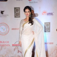 Sonal Chauhan at Vikram Phadnis' 25th Anniversary Celebration