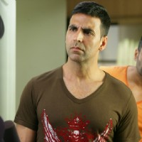Akshay Kumar looking angry | De Dana Dan Photo Gallery