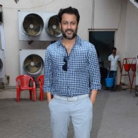 Abhishek Kapoor Snapped at Mehboob Studio!