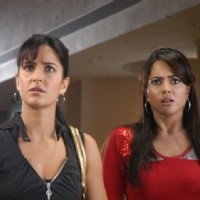 Katrina and Sameera looking shocked | De Dana Dan Photo Gallery