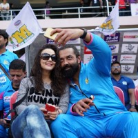 Bobby Deol Clicks Selfie with Preity Zinta at CCL Match in Banglore