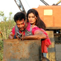 Rajneesh Duggal and Nidhi Subbaiah in Direct Ishq