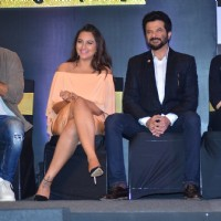 Kriti Sanon, Sonakshi Sinha, Anil Kapoor and Shahid Kapoor at Press Meet of Zee Cine Awards