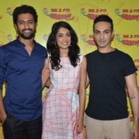 Sarah Jane Dias, Vicky Kaushal and Director Mozez for Promotes Film 'Zubaan' at Radio Mirchi